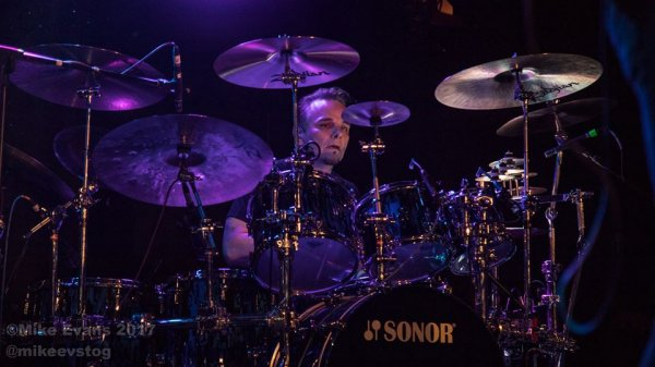 TPT - Gavin Harrison - photo by Mike Evans